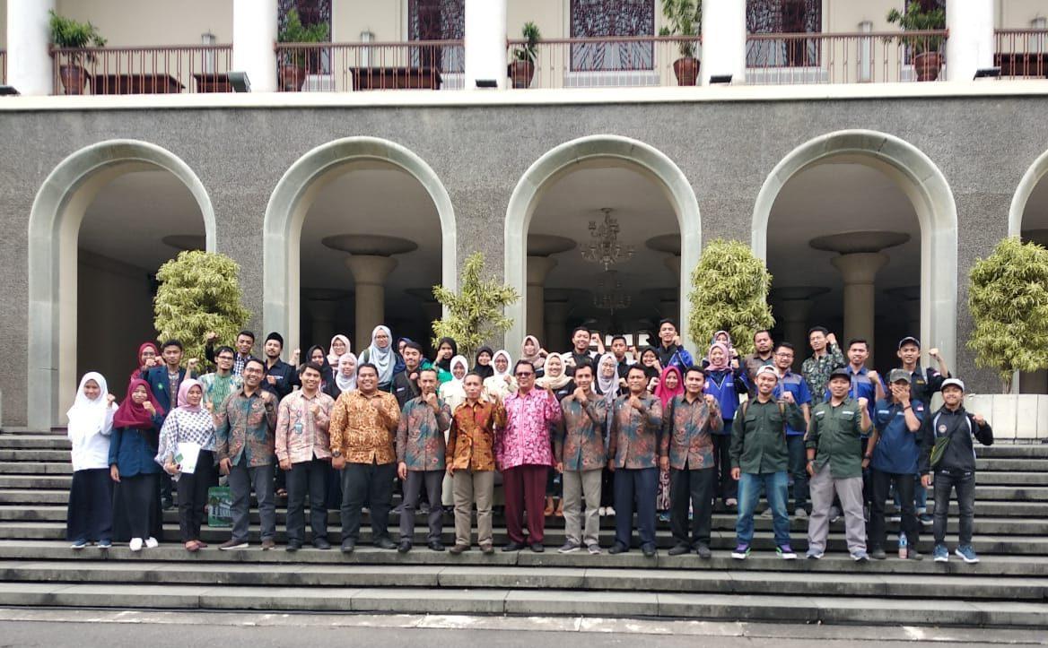 Tingkatkan Kualitas, OMIK UIN Malang Studi Banding ke UNY dan UGM